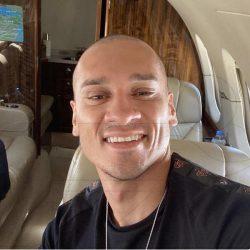 بالفيديو.. مايكون يصل الرياض عبر طائرة خاصة..والنصر ينتظر عودته للتدريبات