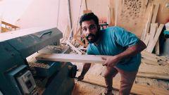 بالفيديو.. الشاب يوسف الوسيدي يروي كيف امتهن النجارة بالصدفة