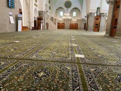 """بتكلفة ٩٠٠ألف ريال ..""""الشؤون الإسلامية"""" تجدد فرش مسجد قباء"""