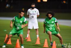 مران الأهلي: تدريبات على سرعة نقل الكرة.. والاستحواذ تحت ضغط