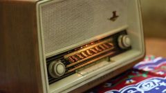 """""""طامي"""".. قصة أول إذاعة تأسست في الرياض قبل نحو 60 عامًا (فيديو)"""
