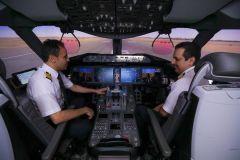 بالصور.. طيارو الخطوط السعودية يستعدون للعرض الجوي الكبير في اليوم الوطني