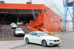 """""""الجمارك"""" تصدر بياناً توضيحياً حول إجراءات استيراد السيارات بشرط موافقة الوكيل"""