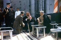 """وثيقة أمريكية تكشف ما قاله الملك عبدالعزيز لـ """"روزفلت"""" بشأن قضية فلسطين واستقلال لبنان وسوريا"""