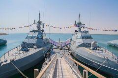الأحدث في العالم.. القوات البحرية تتسلم دفعتين من الزوارق الفرنسية الاعتراضية (صور)