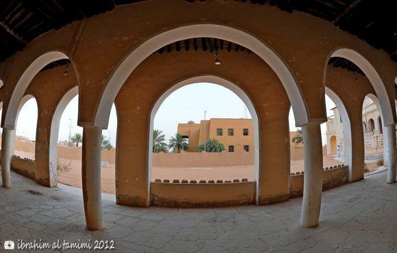 من قصر الملك عبدالعزيز
