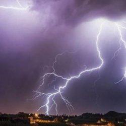 الحصيني: موجة برد وأمطار هذا الأسبوع.. ومن لم يجهز الملابس الشتوية يجهزها