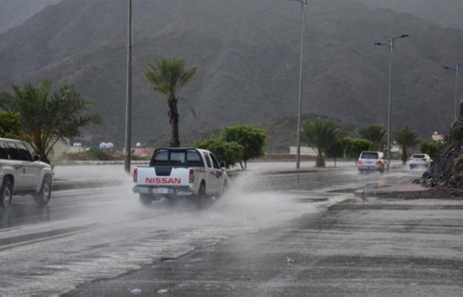 الحصيني: أمطار من خفيفة إلى متوسطة على هذه المناطق خلال الـ36 ساعة المقبلة