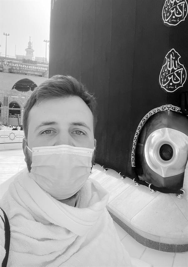 """مواطنون ينعون ناشطًا لبنانيًّا مقيمًا بالمملكة: """"كان محبًّا للسعودية مدافعًا عنها"""""""