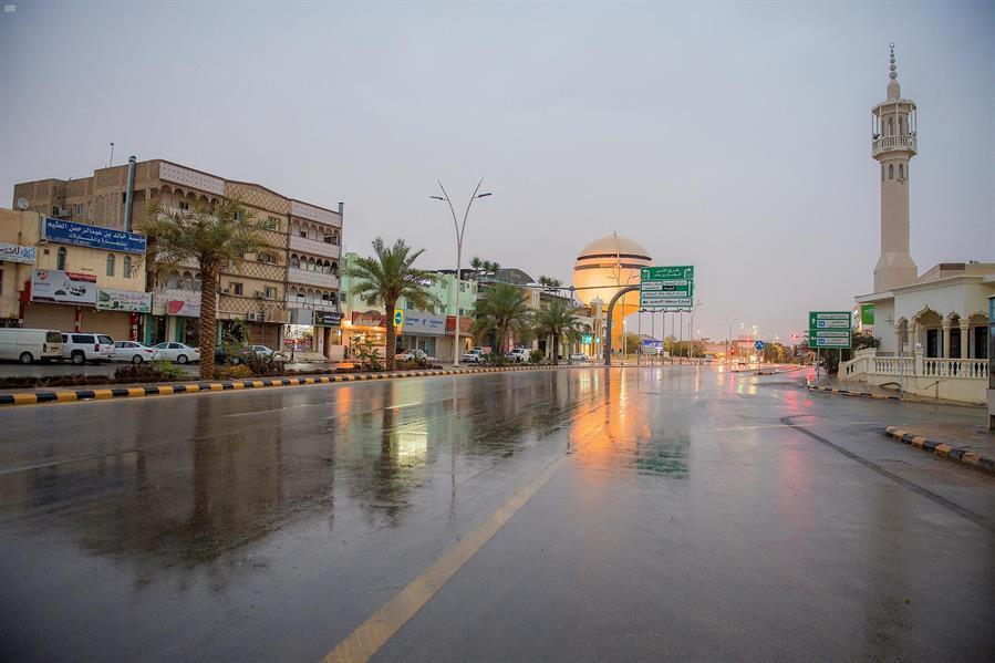 طقس الثلاثاء: هطول أمطار رعدية مصحوبة برياح نشطة وزخات من البرد على بعض مناطق المملكة