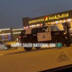 شاهد.. أبراج الرياض تتزين باللون الأخضر احتفالًا باليوم الوطني