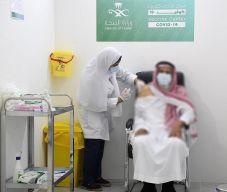 ارتفاع عدد جرعات لقاح كورونا في المملكة إلى 26.4 مليون.. و7.7 مليون شخص تلقوا جرعتين