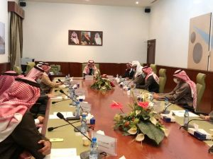 محافظ الخرج يرأس اجتماع لجنة التنمية السياحية بقاعة الاجتماعات بديوان المحافظة