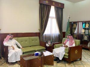 محافظ الخرج يلتقي المدير التنفيذي لوحدة أعمال محافظات جنوب الرياض