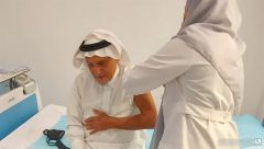 شاهد.. الأمير تركي الفيصل يتلقى الجرعة الثانية من لقاح كورونا