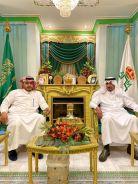 الخنيفر يكرم رئيس نادي الشرق بمحافظة #الدلم