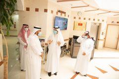 بالصور.. الدكتور الحامد يزور المستشفى الجامعي ويدشن العيادات الافتراضية