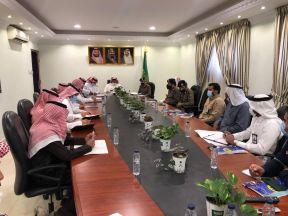 الدفاع المدني بالدلم يعقد اجتماعه برئاسة محافظ #الدلم