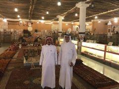 الشيخ علي بن محمد العقيلي الخالدي في زيارة متحف العقيلي بالقصيم