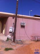 كيابل كهربائية تسقط أمام منازل مواطنين في #الخرج وتحتجزهم داخلها