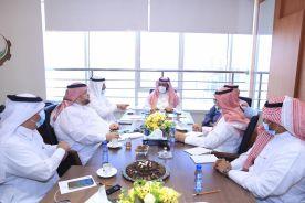 بالصور.. رئيس مجلس الأوقاف بـ #غرفة_الخرج يعقد أول اجتماعاته للتعريف بالأوقاف