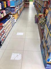 بالصور.. #بلدية_الخرج تكثف جهودها التفتيشية وتغلق أحد الأسواق التجارية