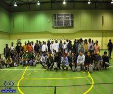 النادي التطوعي بجامعة سلمان يقدم كسوة شتاء لـ 170 عامل