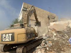 """بالصور.. أمانة جدة تستأنف أعمال إزالة المباني العشوائية بـ """"غليل وبترومين"""""""