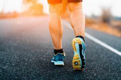 أفضل 5 تطبيقات إلكترونية لكسب المال من المشي وممارسة الرياضة