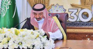 """أمير نجران يبدي أسفه لتوفر وظائف شاغرة بالمنطقة.. ويصف نسبة توطين القطاع الخاص بـ""""الخجولة"""""""