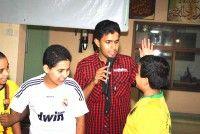 الكابتن حسن عباس يقدم برنامجا للأطفال بنادي التميز للأشبال